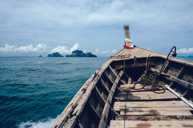 boat-island-ocean-sea