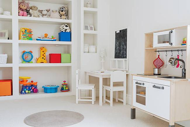 toys-in-childs-room