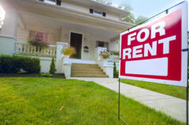 home-rent-sign-front-american-house