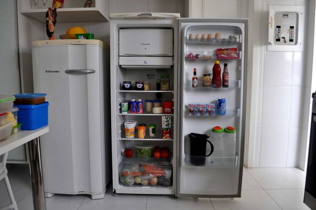refrigerator-groceries